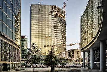 A new star in Milan's skyline