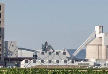 Kiralyegyhaza cement plant architect and manager discuss the award-winning site