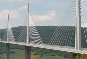 Millau Viaduct: LafargeHolcim cement and concrete for the world's highest bridge!